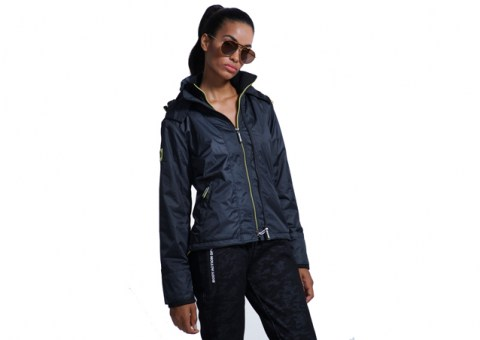 body-action-woman-jacket-071827-BLACK